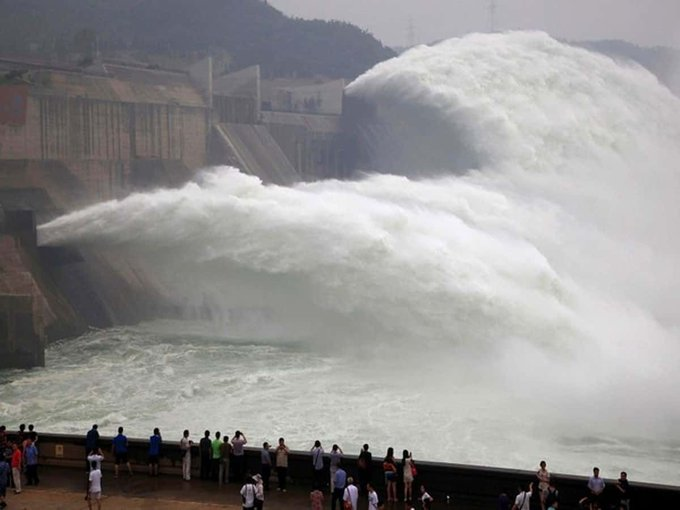 Chinas dam-building over Brahmaputra risks water war with India Photo