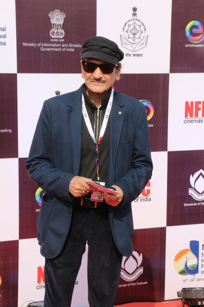 Veteran Actor Shri Biswajeet Chatterjee on The Red Carpet at The Closing Ceremony of #IFFI51.  @satija_amit @Chatty111Prasad @PIB_India @MIB_India