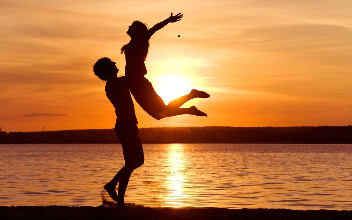 @luhev O.o (Minha esperança para você é um dia glorioso!)  🌞🌻 Happy day of the Sun! 🌻🌞 (☀‿☀) (◠‿◠) (☀‿☀) A little sunshine for YOU! 「心に太陽を」Please take care, dear  Lúcia   Dean Sunshine Smith - Let It Flow (True Love Dub)  #SundayVibes