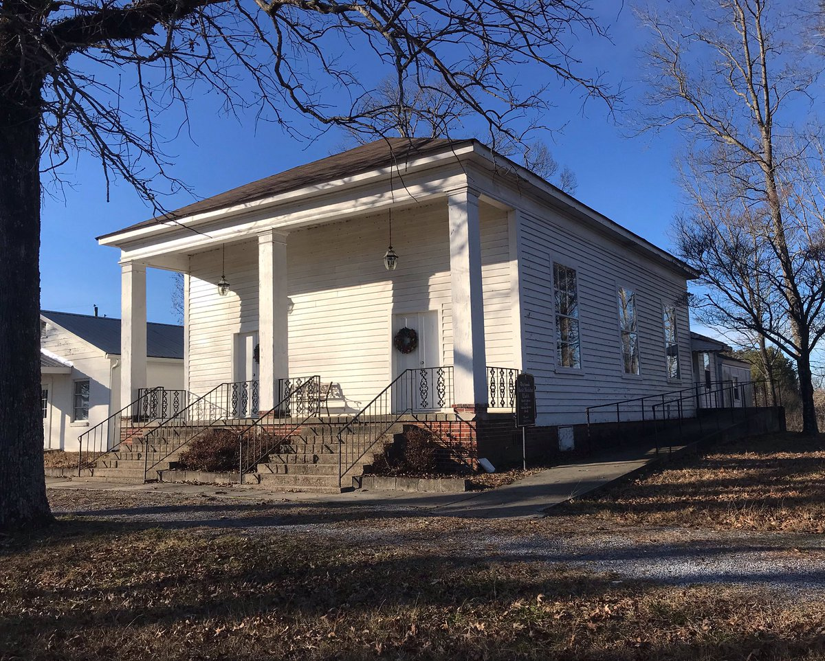 Sunday go to meeting: Oostanaula United Methodist Church was organized in 1871. The church is surrounded by cattle pastures. #Church #countrychurch #SundayMorning