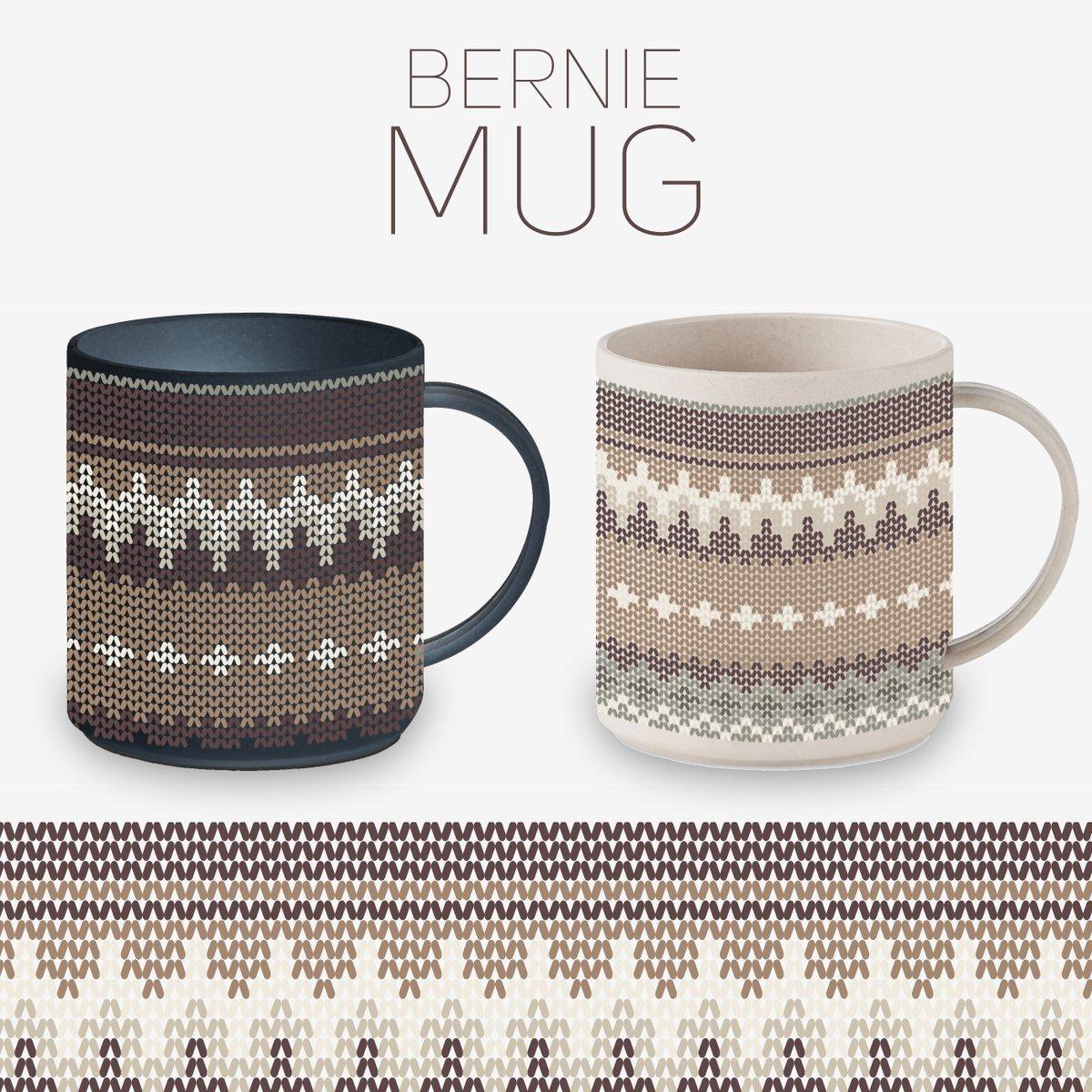 C'est assez classe en #Mug ! Tout de suite ça réchauffe ta boisson #Motif #Pattern @AdobeFrance @Photoshop @illustrator  #BernieSanders #Mittens #Jersey #tricot #knitting #BernieSandersMittens #SandersMeme #sandersmug