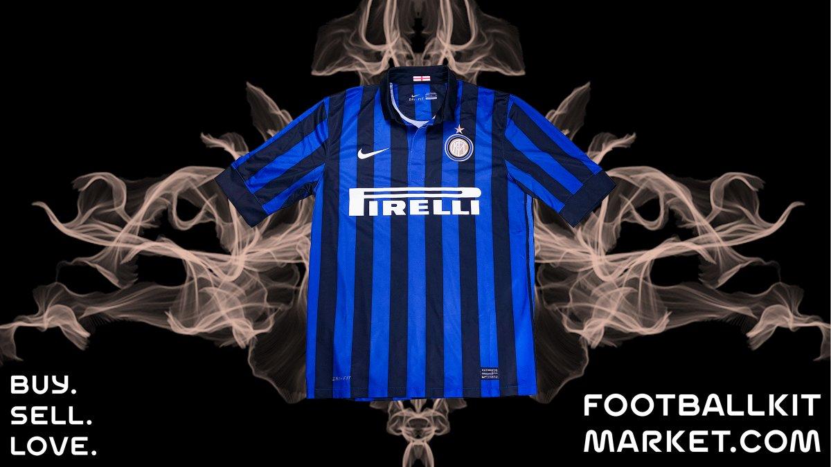 It's an Inter thing!   #Inter #Milan shirts available right now ➡️ ⬅️   #BuySellLove #ClassicShirts #ClassicKit #FootballShirt #Soccer #Jersey #Trikot #Maillot #Fußballtrikot