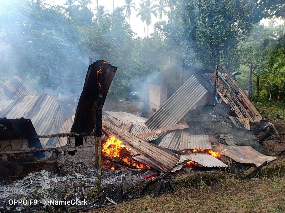 Houses of two farmer families in Sitio Buntog, Hacienda Yulo, Laguna were burned down by armed goons according to Kilusang Magbubukid ng Pilipinas (KMP). The group said one family were dragged out of their residence at gunpoint before burning their house on Saturday.