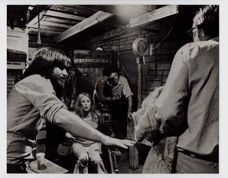 #HorrorMovies #thelastdrivein #Throwback #actress #behindthescenes Marilyn Burns and director Tobe Hooper filming The Texas Chainsaw Masscure.