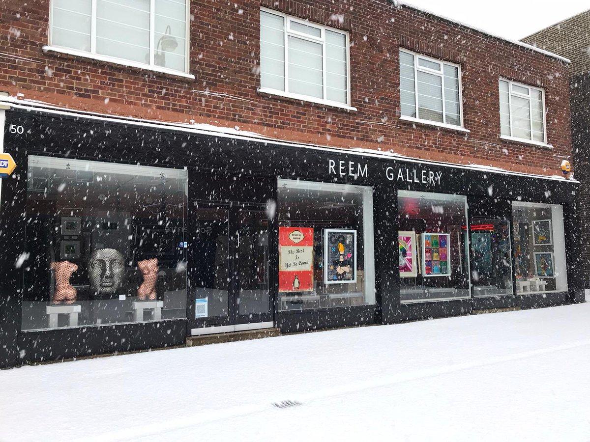 ❄️ ⛄️ ❄️.  . . . #reemgallery #camberley #surrey #surreylife #snow #snowday #picoftheday #art #gallery #galleryart #studio #arte #sunday #sundayfunday #lockdown3 #narnia