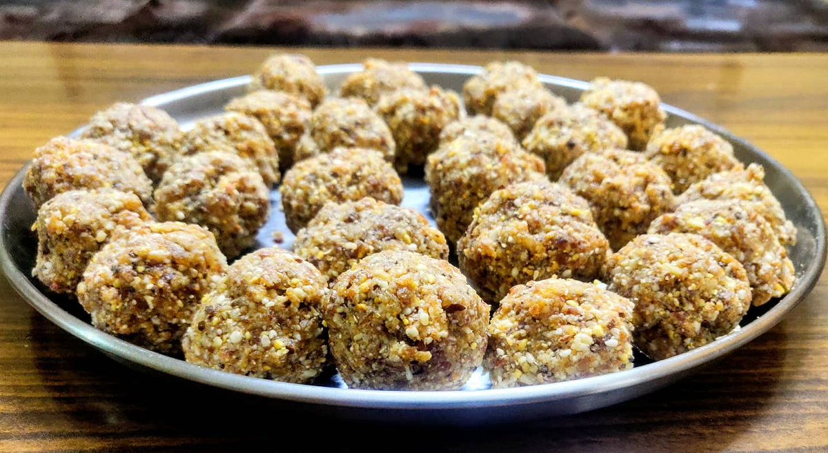 #sundayvibes with dry fruits ladoos. #foodie