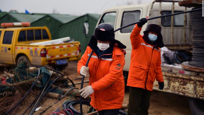 11 Miners Rescued In China After 2 Weeks Trapped Below Ground Photo
