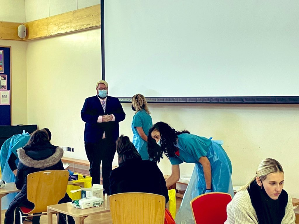 The #lateralflowtesting for #Covid_19 has started for primary & secondary school staff & students in Years 11+ #Jersey   We went #BehindtheScenes @dauvergnejersey @AllisonEMills   Read more:  Watch 👇  And see more step-by-step videos on @GovJersey #YouTube