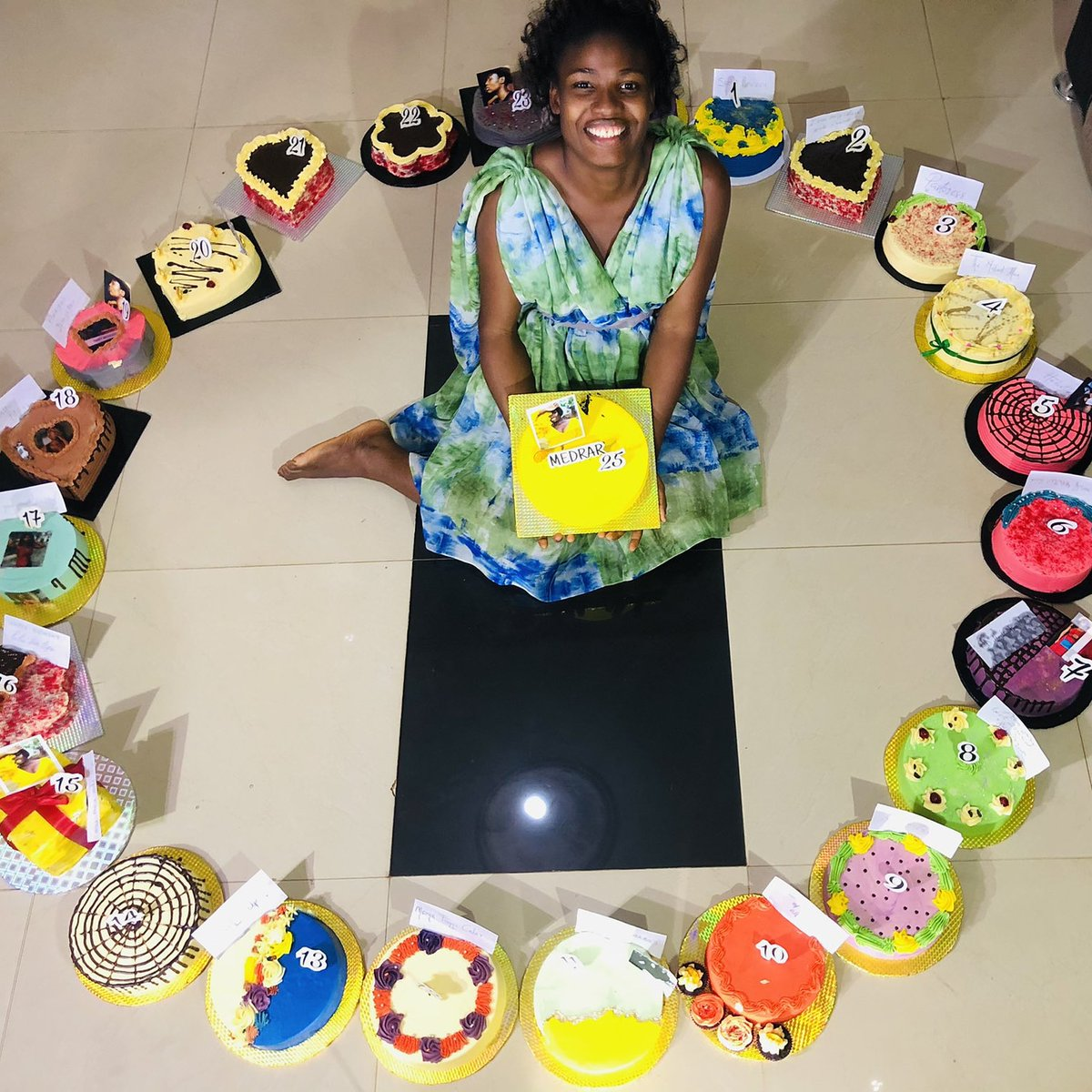 A fashionista on called Funmi took to Twitter to share 25 birthday cakes she received on her 25th birthday.  How exciting!  📸: @thefunmicoker (Twitter)  #legitng #legitpost #sundayvibes #sundayfunday