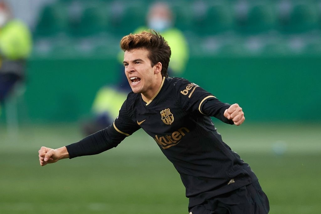 Riqui Puig with his First Goal for FC Barcelona! Our Boy  Ohh Puig love you ❤  #ViscaElBarca #Barca #ForcaBarca #RiquiPuig
