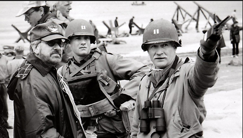 """1999 56th @goldenglobes Steven Spielberg wins Best Director """"Saving Private Ryan"""" #OnThisDay @IMDb @TwitterMovies @CinemaBlend @Screendaily @ClassicalCinema @classic_film @FilmAffinity @letterboxd #classicmovies @movieweb @Variety_Film @onthisdayinfilm"""