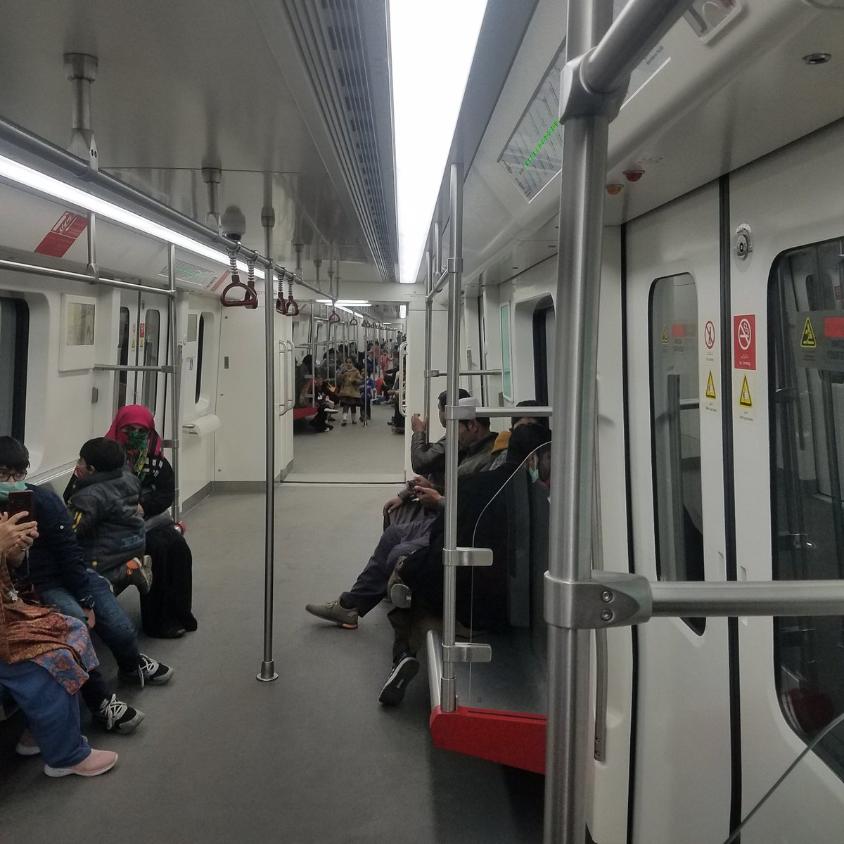 #shukriya Mian sb for providing a decent transport in Lahore. Today i travelled on this train in Lahore. Really impressive  I went to shanghai in 2016 where i ist time travelled on metro train. Its a wonderful facility for people of punjab 👏👏 Haters can also travel on this💪