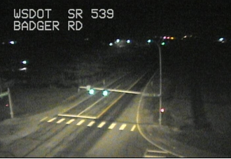 Temps in the mid and upper 30s across most of the area at 6 am. Temps slightly cooler in Whatcom Co.. @wsdot camera in Lynden shows light dusting of snow. Bellingham airport also reporting light snow. Outside of Whatcom county have to be above 500 ft to see any snow today. #wawx https://t.co/hDegu9exEr