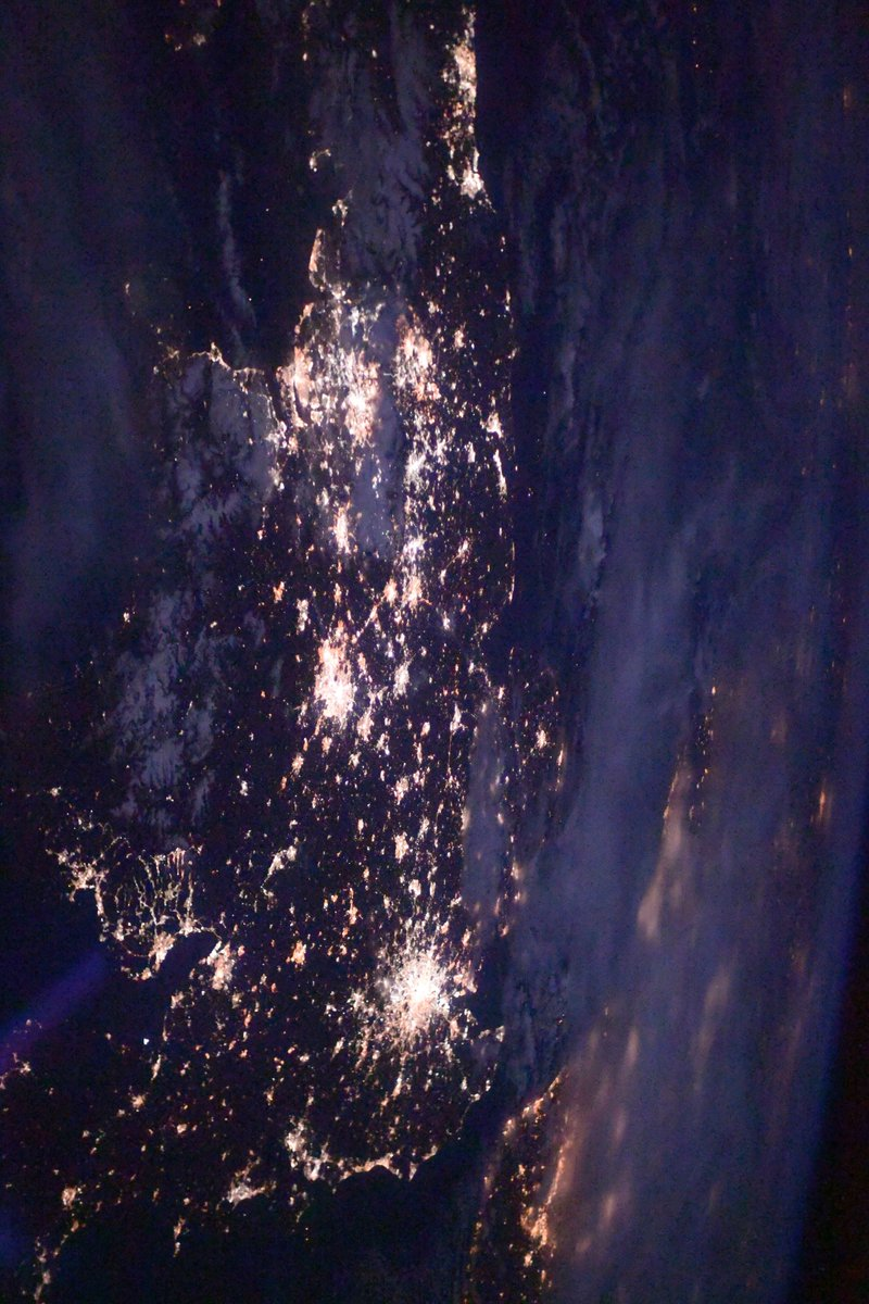 #UK lights up! #England #Wales #Scotland Northern #Ireland #イギリス も光に満ちている