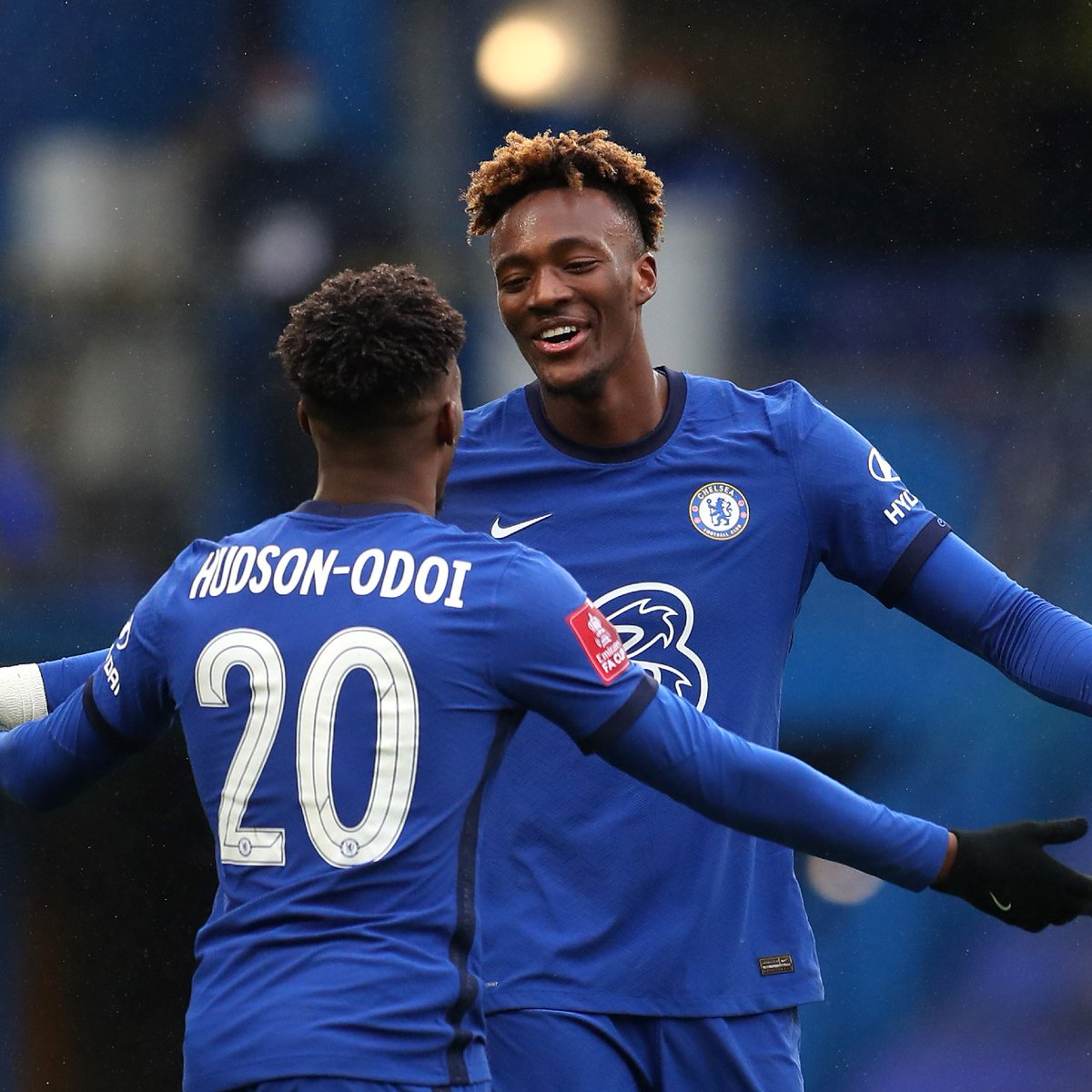 Might have had an hattrick but Abraham has a long way to go before he can be trusted to lead Chelsea attack in the future. Falls off a little too easy, though he's improving his hold up play, but he's still poor in the air. He's good box striker by the way. #CHELUT