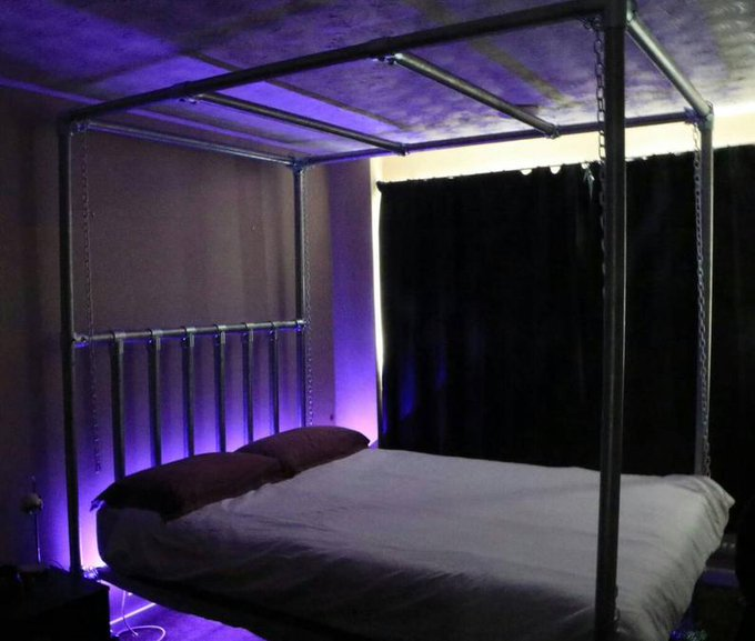 1 pic. Thinking about getting one of these scaffolding beds for sex reasons https://t.co/UBUgq0dYqI