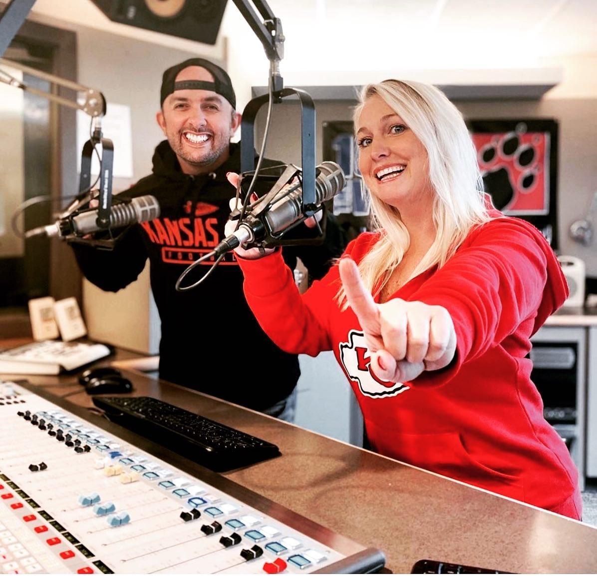 KANSAS CITY @Chiefs GAME DAY!! 😍🏈🔥 #Ready #RunItBack #ChiefsKingdom  Let's go #Chiefs #KansasCity 🚩  @radiogirlcodie @JJradioKC @ItsHappyAli @shotgunjaxon #CowBoyMike  We Are Proud To Be The Radio Home Of The Kansas City Chiefs 🐺🏈❤️