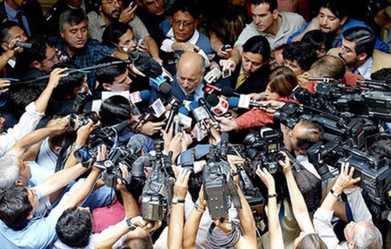 El juez Guzmán tenía más agallas que las del #CapitánAmérica yendo al terapeuta. #JuezGuzman #eterno