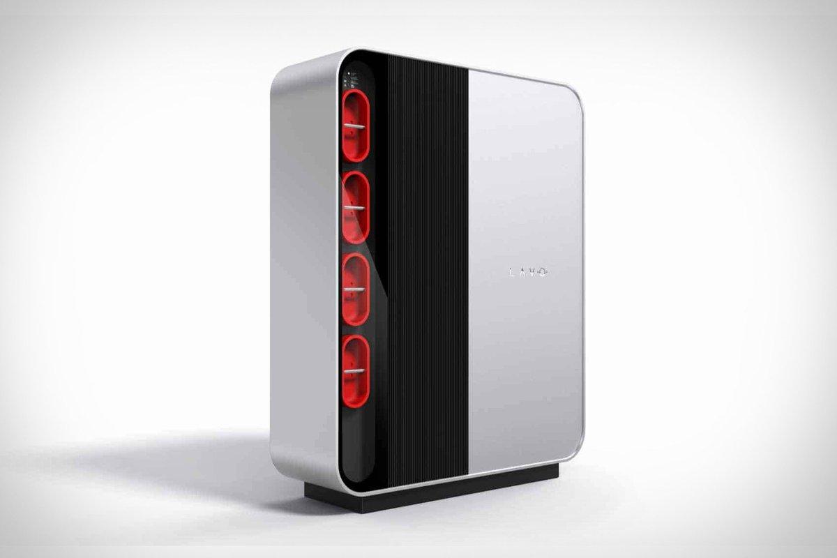 اولین باتری هیدروژنی خانگی دنیا از راه رسید: تامین انرژی تا ۲ روز  شرکت استرالیایی «Lavo» اولین باتری هیدروژنی خانگی جهان را روانه بازار میکند که تا سه برابر نسبت به Powerwall 2 #تسلا انرژی بیشتری ذخیره میکند و قیمتی نزدیک به ۲۷ هزار دلار دارد.