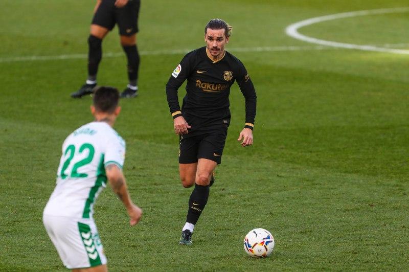 🔥 27' O Barça domina e pressiona em busca do primeiro gol. Vaaamos Baaarça!   🔵🔴 #ElcheBarça (0-0)