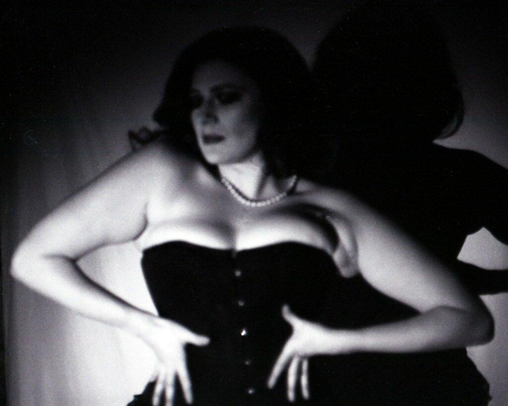 A gift from yesterday's shoot!  Thank you to Wolfgang Photography #photography #photographer #blackandwhitephotography #film #filmisnotdead #noir #femmefatal #burlesque #corset  #sundayvibes #sundayfunday #pinup #corset #stlburlesque #stlmodel #filmnoir #StLouis #stl #STL