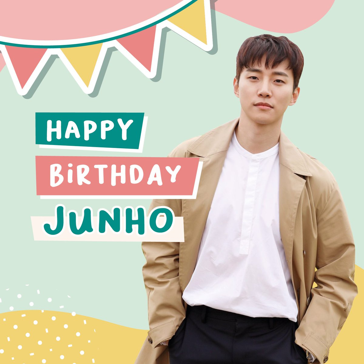 Dear our sunshine, thank you for being a devoted person all the time. We can't wait to see more and more sides of Lee Junho. Happy birthday, @dlwnsghek 💛  #준호라는_눈꽃이_내려온_날  #준호야_해피벌스데잊 #HappyJunhoDay