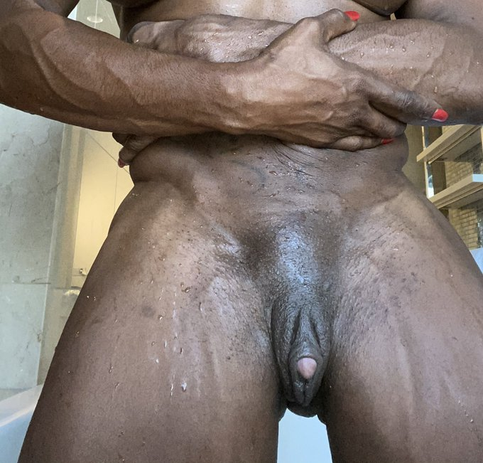 suck it !!👅👅👅👅👅subscribe and get a mouth full ,free promo ends Jan25 https://t.co/sWvjULlify #bigclit