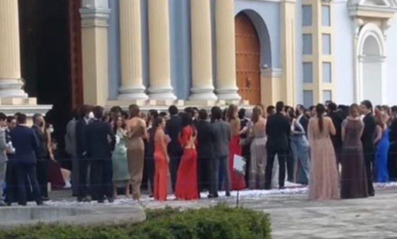 Celebran boda con 200 asistentes en Veracruz; no les importa el Covid-19_01