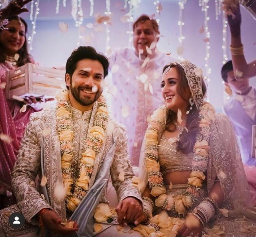 शादी मुबारक!   #VarunDhawan ties the knot with #NatashaDalal at an intimate ceremony in Alibag @Varun_dvn