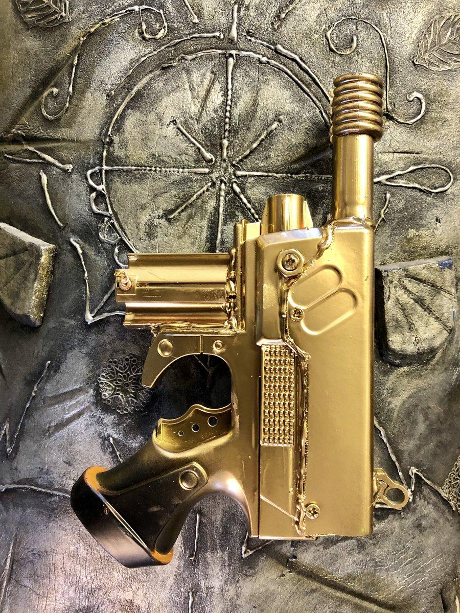 Golden space Luger #steampunk #steampunkweapons #cyberpunk #props #gun #dieselpunk #UFO
