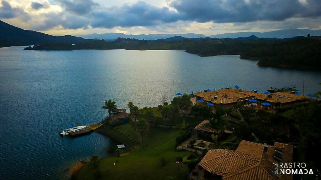 Made in #colombia: @hotelislaguaca  . . . #travel #igerscolombia #travelgram #ig_colombia #medellín #instatravel #traveler #galeriaco #medellincolombia #travelling #travelblogger #medellincity #traveling #colombia_folklore #traveler_stories #colombiatrav…