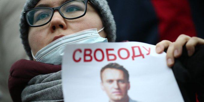 Russia's Putin Faces Rising Discontent Amid Alexei Navalny Protests Photo
