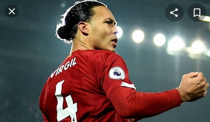 The reason why Liverpool is weak  They call him VIRGIL VAN DIJK  #MUNLIV #LFC #MUFC