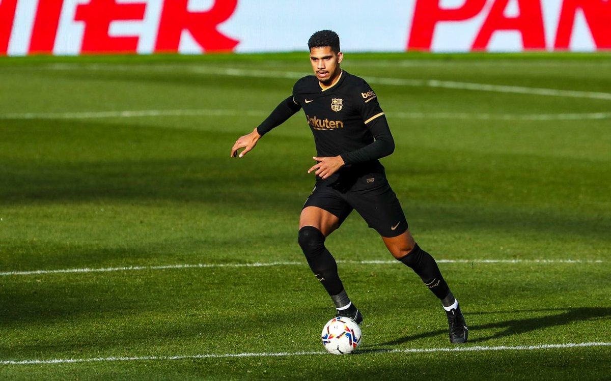 🔐 @RonaldAraujo939 con el Barça en @LaLiga: ✅ 13V 🤝 3E