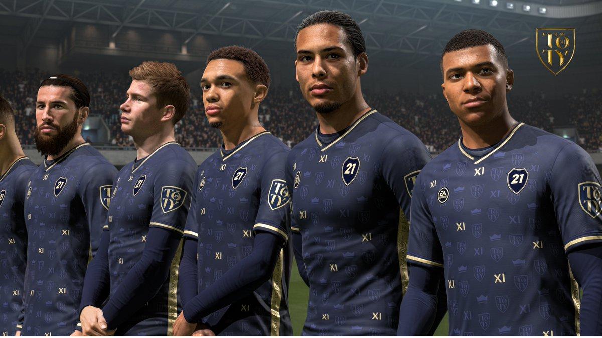 Reservado à realeza do futebol 👑   Apresentando o novo uniforme da Seleção do ano. Já disponível.  #TOTY #FIFA21