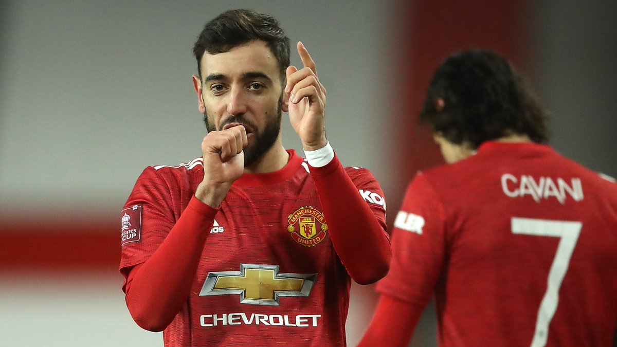 ⚔️ @ManUtd were 30 points behind Liverpool when @B_Fernandes8 joined in January 2020. They now lead the @premierleague and awake having, thanks to his winner, eliminated their huge rivals from the FA Cup 🙌  💪 Some #MondayMotivaton from a man whose impact has been phenomenal 🤩