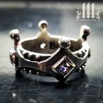 Image for the Tweet beginning: Size 8 crown with sparkling
