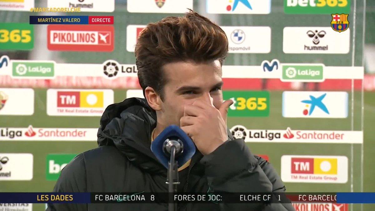 🤔 Què farà @RiquiPuig amb la samarreta del seu primer gol oficial? 💙❤