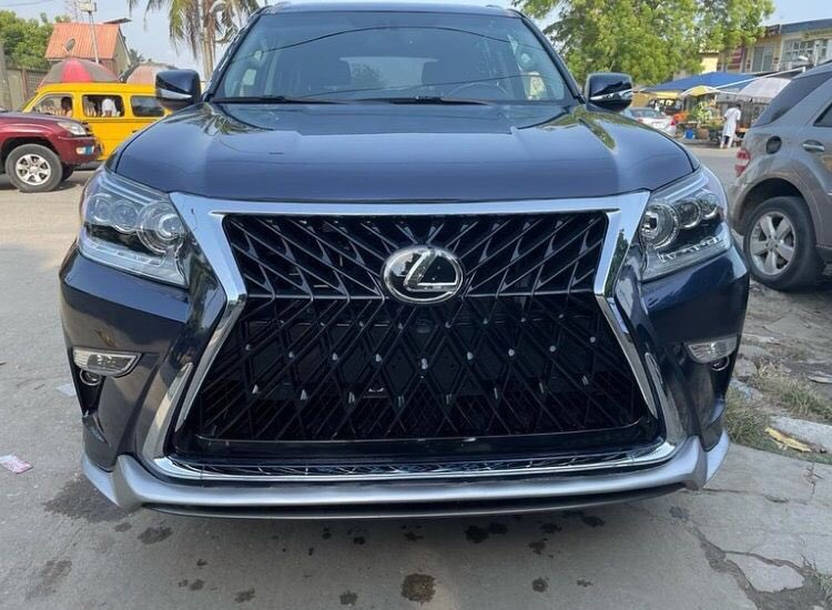 FOR SALE!!!⠀ ⠀ Make: Lexus⠀ ⠀ Model: GX460⠀ ⠀ Year of manufacture: 2019⠀ ⠀ Condition: Foreign used⠀ ⠀ Transmission: Automatic⠀ ⠀ Location: Lekki⠀ ⠀ PLEASE RETWEET, MY CLIENT MIGHT JUST BE ON YOUR TL 🙏🏿 Cc @Gidi_Traffic @TrafficChiefNG @trafficbutter @CarDealerBot