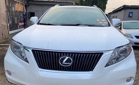 FOR SALE!!!⠀ ⠀ Make: Lexus⠀ ⠀ Model: RX350⠀ ⠀ Year of manufacture: 2010⠀ ⠀ Condition: American used⠀ ⠀ Transmission: Automatic ⠀ Location: Ikeja  💰: 7.850m (Slightly Negotiable) ⠀ PLEASE RETWEET, MY CLIENT MIGHT JUST BE ON YOUR TL 🙏🏿 Cc @Gidi_Traffic @TrafficChiefNG