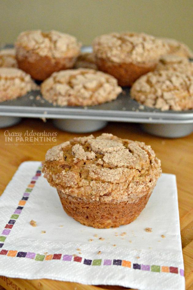 Homemade Coffee Shop Caramel Macchiato Muffins #breakfast #recipes #muffins #coffee #caramel #macchiato #caramelmacchiato #muffinrecipe #bakerystyle #coffeeshop #bakery