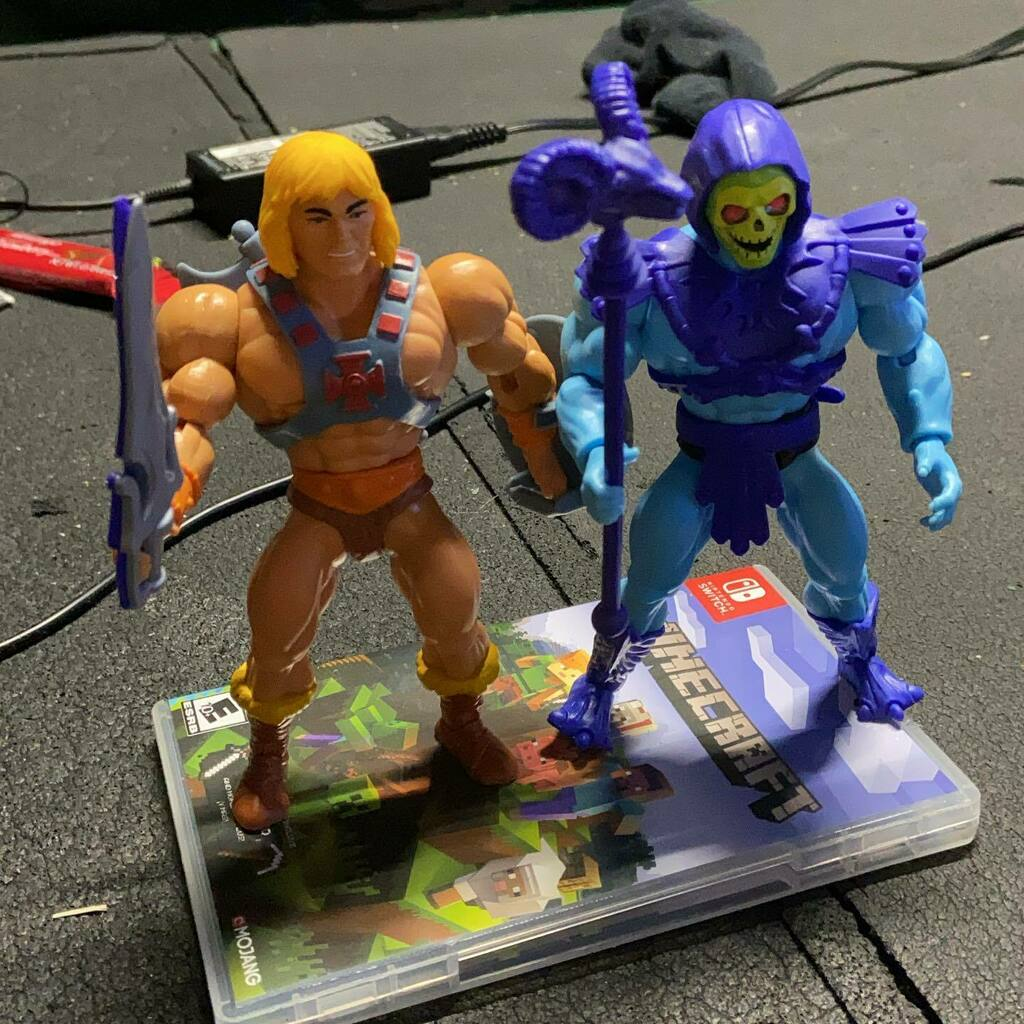 #he-man #heman #skeletor #mastersoftheuniverse #new both German and skeleton their swords snap together!!!