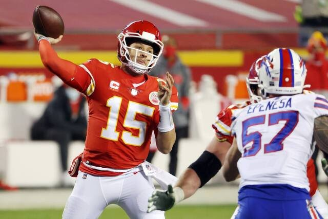 NFL Playoffs- AFC Championship   #Chiefs 38 def #Bills 24  -#Mahomes (325YDs & 3TDs) -#Hill (172YDs) & #Kelce (118YDs & 2TDs) simply unstoppable -#Chiefs defence dominate, shutting down the run & #Diggs -Frustrations spilling over in the 4th for the #Bills  #NFL @TopSport_com_au