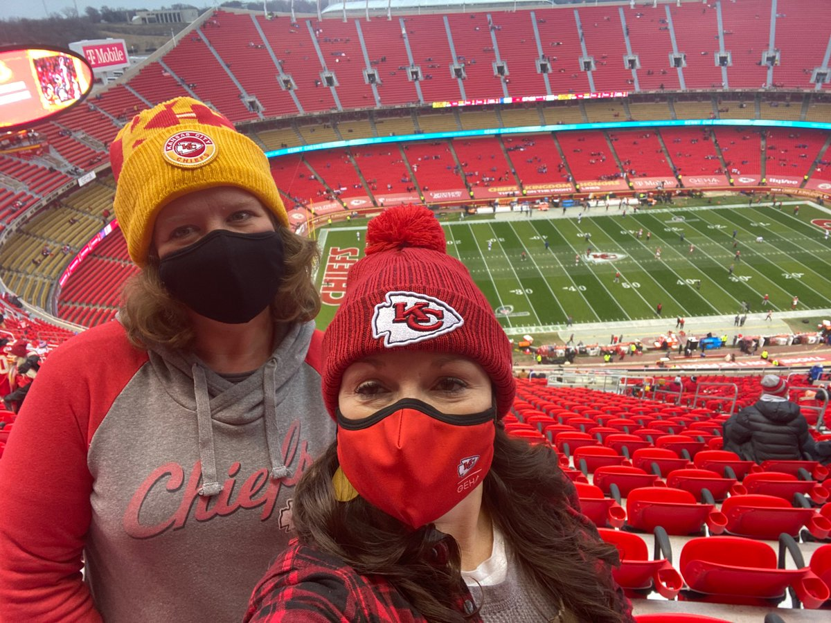 My friend Holly and I are ready to cheer on the best team ever, Chiefs!   Let's GOOOO! Run it back!   #ChiefsKingdom #Chiefs #RunItBack #Chiefs #KansasCityChiefs
