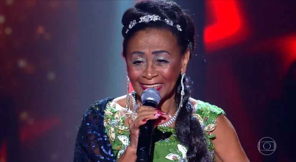 Vozeirão + emoção = #TheVoiceMais 🧡🎶 Celestina Maria, de 79 anos, conquista web após cantar Cartola: 'Emocionante' ➡️