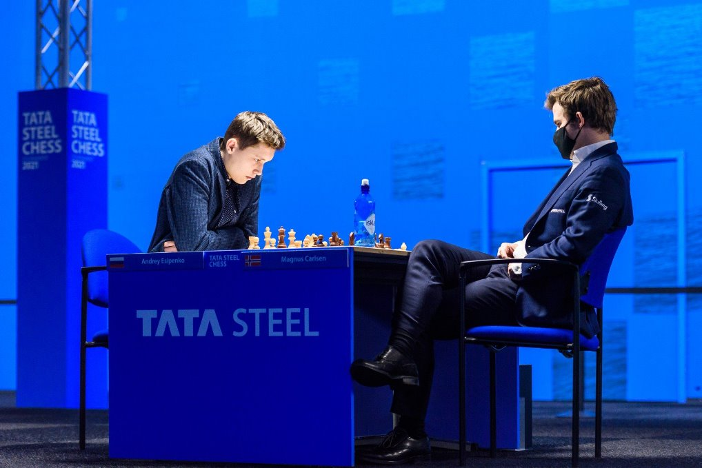 """test Twitter Media - 18-year-old Andrey Esipenko calls it, """"one of the best days in my life"""" as he beats World Chess Champion Magnus Carlsen! Meanwhile 17-year-old Alireza Firouzja moves into sole 1st place with 5 rounds to go...  https://t.co/drgvYG5TdT  #c24live #TataSteelChess https://t.co/Z4BpMcoMoC"""
