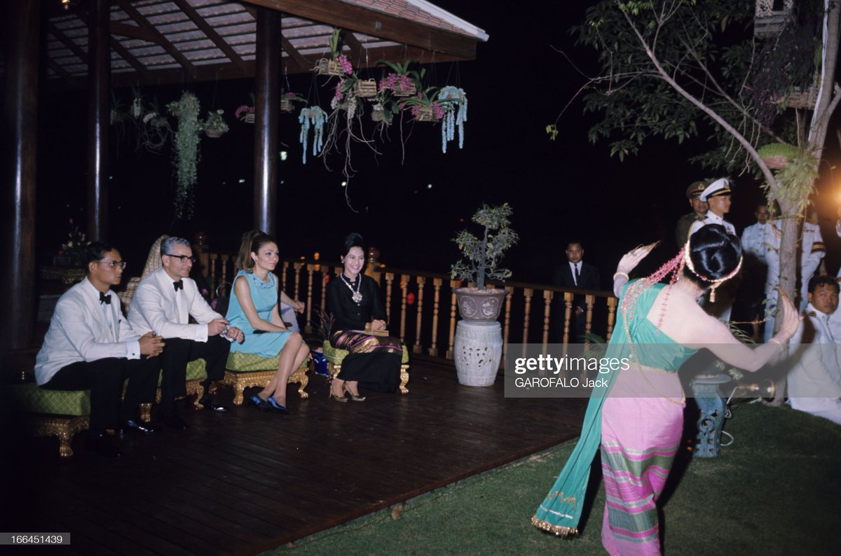 #RoyalFlashback   The Return Banquet during the Shah of Iran and Empress Farah's magnificent State Visit to Thailand #OnThisDay in 1968: