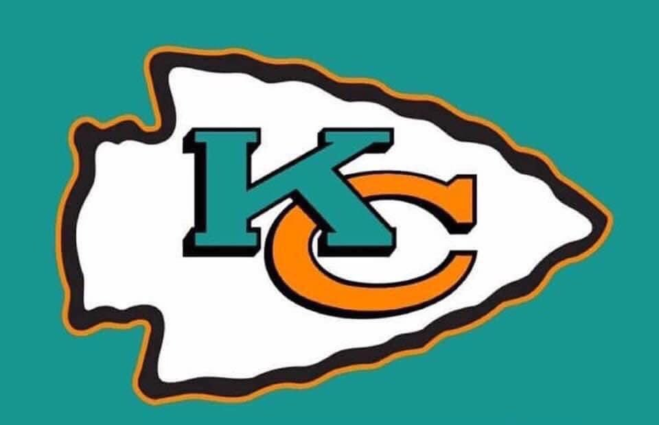 I know who I'm rooting for in the Super Bowl!  #FinsUp