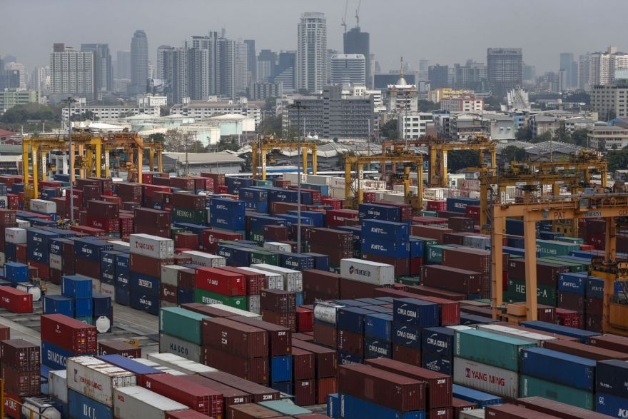 Thailand's trade ends 2020 on strong note with #exports, #imports returning to growth  #Thailand #Business #Economy #SoutheastAsia https://t.co/KUpNXQZHI6 @JaniceHengBT Via https://t.co/USYY7TQL7c https://t.co/OvrA6o7q63