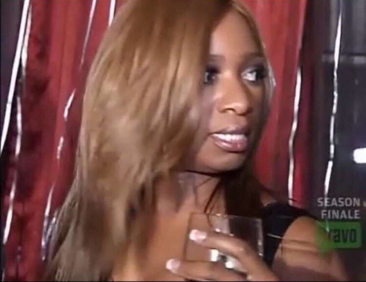 Ok Kenya so Drew is sneaky for telling the girls about the private jet but you're not sneaky for purposely not inviting anybody but Latoya? #RHOA